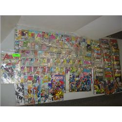 LOT 59 MARVEL THE AVENGERS COMIC BOOKS