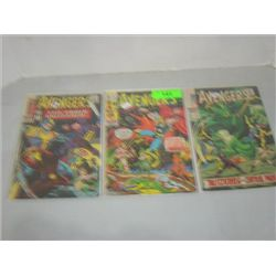 LOT 3 MARVEL COMICS THE AVENGERS COMIC BOOKS