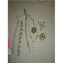 LOT 8 VINTAGE FASHION JEWELRY CORO CZ NECKLACE