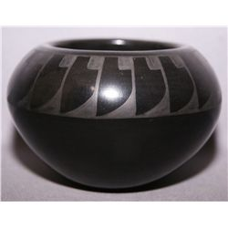 SAN ILDEFONSO POTTERY BOWL