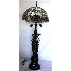 Bronze Tiffany Style Table Lamp
