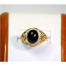 Unisex Antique  Style 10 kt Yellow Golg Black Onix Ring