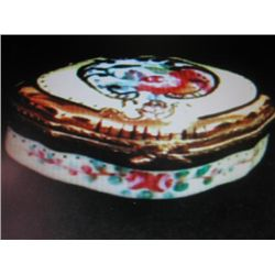 Limoges Porcelain Shell Shaped Hand painted Box.