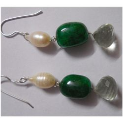 Natural 50.05ct Pearl/Emerald/Semi Precious Earring .92