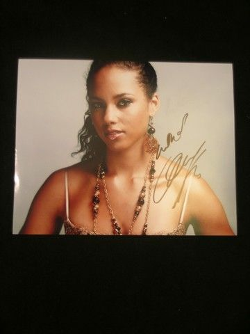 alicia keys coloring pages - alicia keys 8x10 signed color photo