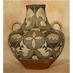 Acoma Jar With Double Handles, circa 1900