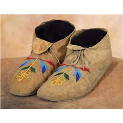 Santee Sioux Floral Beaded Moccasins, 19th century