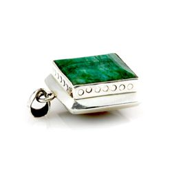105ctw Big Emerald Silver Bezel Pendant (19x20mm)