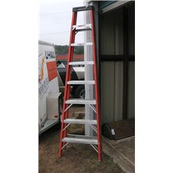 Werner 8' Fiberglass Step Ladder .