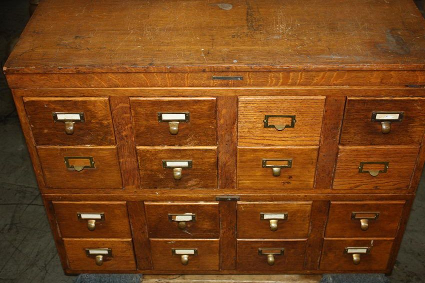 Image 1 : OAK 12 DRAWER CATALOG CABINET BY LIBRARY BUREAU MAKERS ...