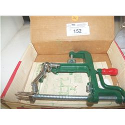 Apple Peeler in Box with Instruction to use