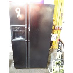 "Black GE Side By Side Refrigerator approx 36"" x 33"" x H 70"" works great"