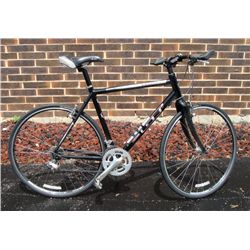 GT Legato 1.0 2009 Mens 18 Speed Bicycle Road Bike