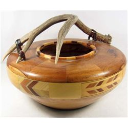 HANDMADE NATIVE AMERICAN STYLE BOWL W/ ANTLER HANDLE