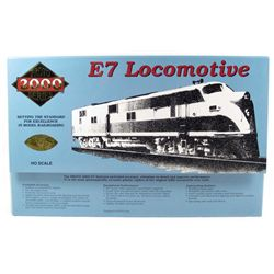 SOUTHERN PACIFIC E7 LOCOMOTIVE TRAIN ENGINE - HO SCALE - IN ORIGINAL BOX