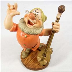 "WALT DISNEY CLASSICS DOC ""CHEERFUL LEADER"" SCULPTURE IN ORIGINAL BOX W/ COA"