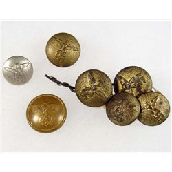 LOT OF GERMAN NAZI BUTTONS