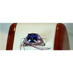 Ladies Royal Blue 14 k Gold Topaz
