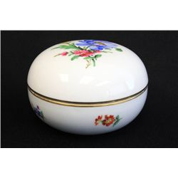 Round covered porcelain Meissen box