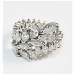 Platinum & diamond ladies ring