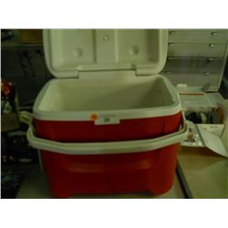 Red Igloo Cooler size approx 16 x 11 x 16