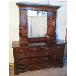 BEAUTIFUL VESTIGE 2 PC VANITY DRESSER