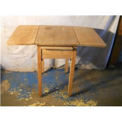 drop leaf kitchen block on wood wheels w/ dividing