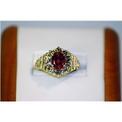 Unisex Antique Style 14 kt Yellow Gold Ruby &amp; Diamond Ring