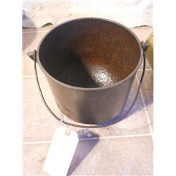 Large Cast Iron Footed Soup Pot -antique-