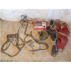 Engine Analyzer, 2 Snaffle Bits, Leather Halter,