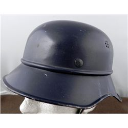 Nazi Air Raid Helmet RL2-38/28 Repainted -No Decal