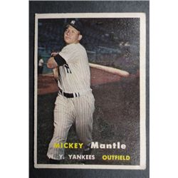 1957 TOPPS #95 MICKEY MANTLE VGEX NICE COLOR