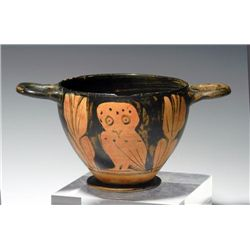 An Apulian Red-Figure Owl Skyphos