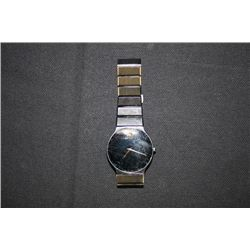 BLACK MOVADO LADIES WATCH S4-40-880A