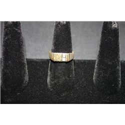 14KT YELLOW GOLD MEN'S RING W/2 SMALL DIAMONDS--LOOKS LIKE HALF RING SZ-9