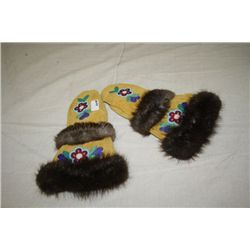 Men's Mittens, Beaded, Fur Trim
