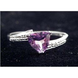 10K WHITE GOLD AMETHYST RING .90 CTW