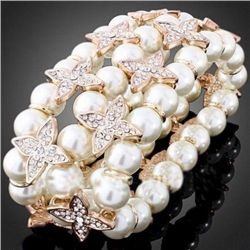 GT0522120042 Beautiful Pearl Stretch style Bracelet