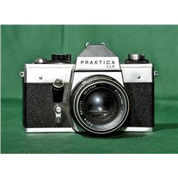 Praktica 35mm film camera