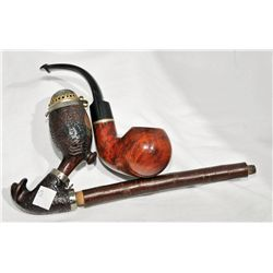 2 tobacco pipes