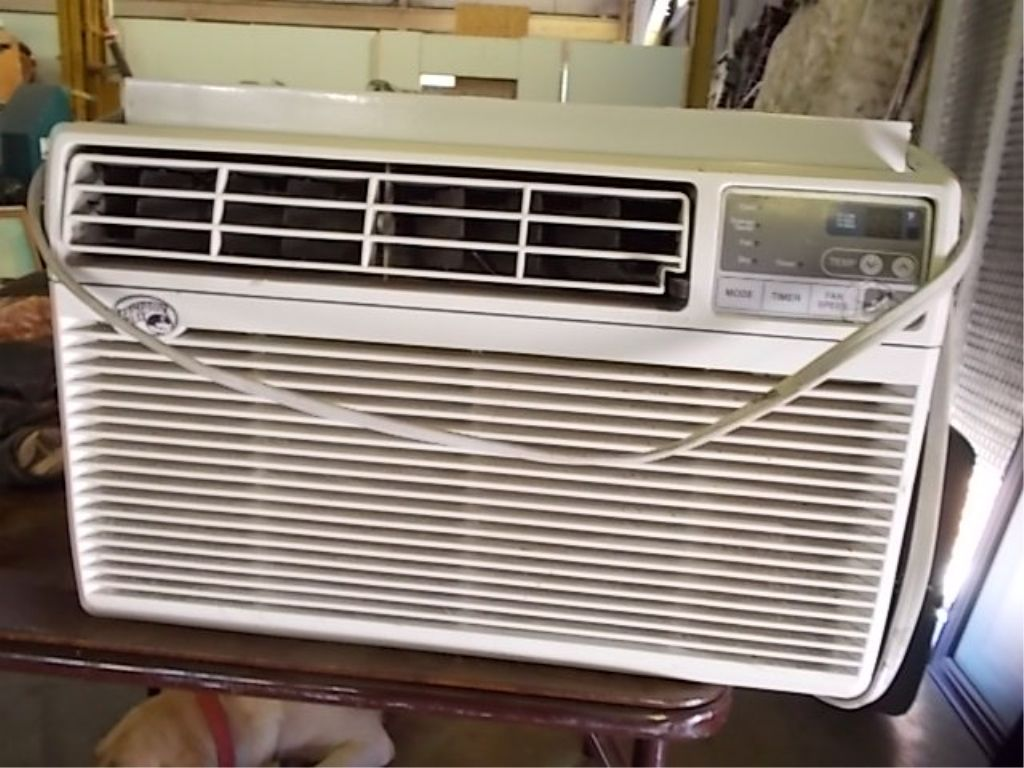 hampton bay window air conditioner air condition image hampton bay 115 volt 10000btu air conditioner window mounted working order