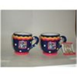 PAIR OF VINTAGE MARY ENGLEBREIT CUPS  STILL WITH TAGS