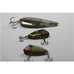 "4 1/4"" Wood Torpedo Type Lure"