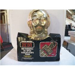 Star Wars Return of The Jedi C-3 Hold 40 star war action figurines includes a  special chamber to st