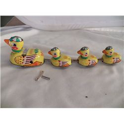 Tin Wind Up Ducks in A Row (4)