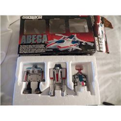Bandai America 1984 Go Daikin Abega Robots New old stock in box 3-car set 1-Beta Robot,  1-Alpha Rob