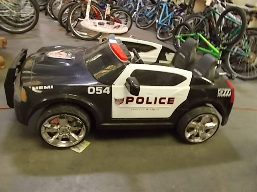 Power Wheels Police Car And Charger Works Good