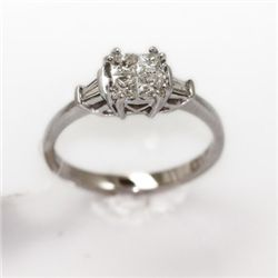 2.97g 14k White Gold Diamond Ring