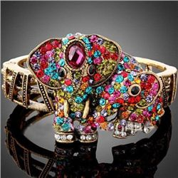 GT0522120035 Awesome Multicolor Crystal Elephant Design