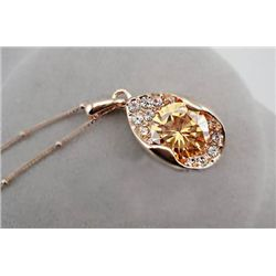 GT0522120012 Beautiful Citrine & Crystal Pendant Neckla